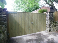 Double Solid Gates from Tongue and Groove