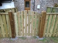 picket gate with curved top on 6inch posts