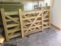 Made to measure 5 bar gates in Kilgetty