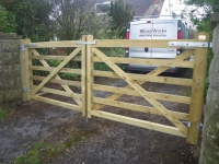 Pair of 5/6 bar gates in Milton