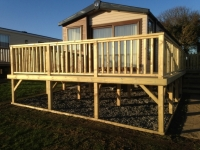 Caravan decking with smooth boards