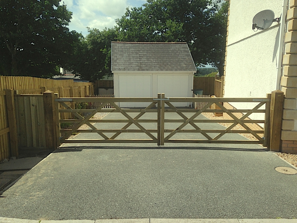 5 Bar Field Gates